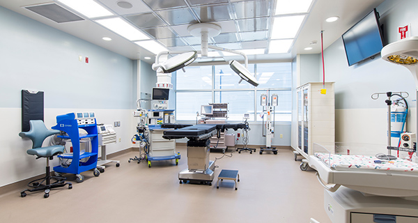 Two spacious C-section operating suites are located within the maternity unit for faster, more efficient access.