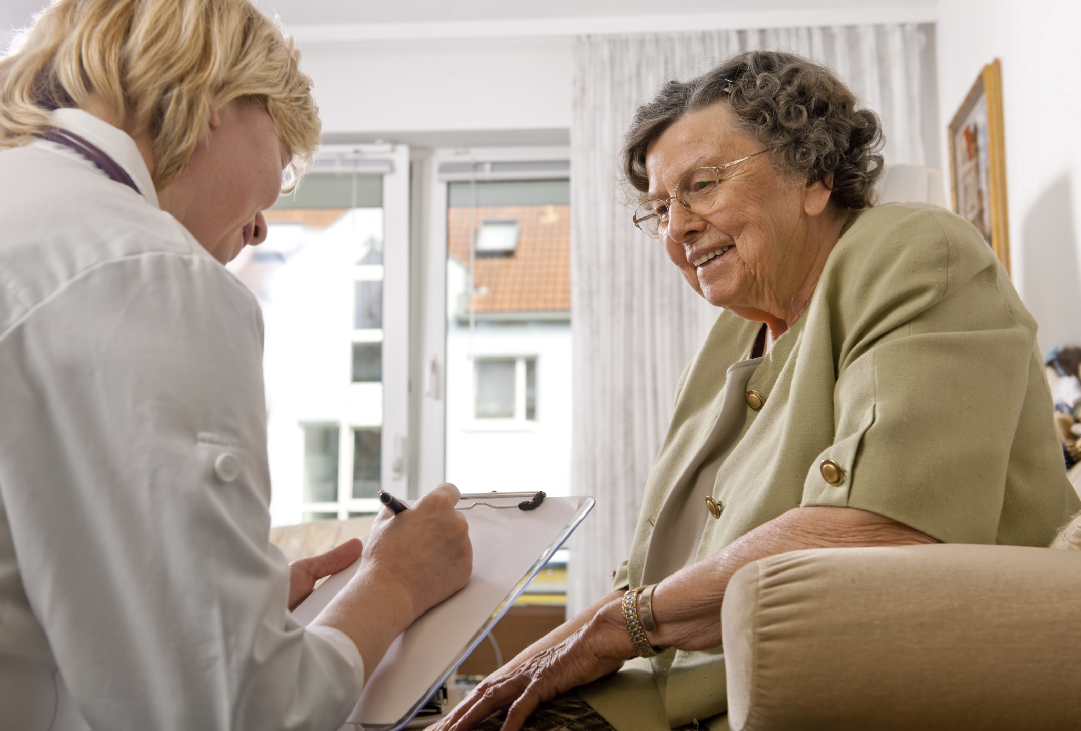 elderly interview Ways to answer interview questions about how well you work with people, keys for responding, and the overarching approach you should use.